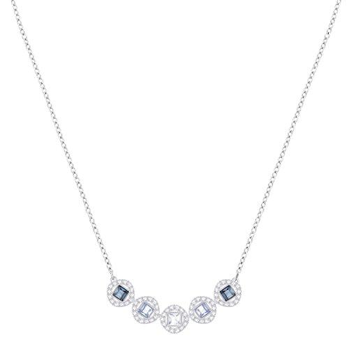 Swarovski Collier Angelic Square, bleu, métal rhodié 2    Illuminez votre boîte à bijoux avec ce superbe collier en métal rhodié. Affichant des cristaux bleus carrés encadrés d'un pavé de cristaux classique, ce bijou facile à porter restera longtemps indémodable. Parfait pour offrir, mais aussi un choix élégant pour un mariage.