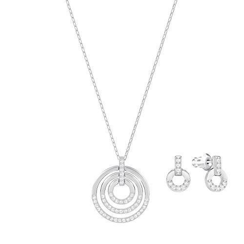 Swarovski Parure Circle, medium, blanc, métal rhodié 3    <p>Terminez votre look avec élégance et simplicité avec ce contemporain mais intemporel ensemble de bijoux, y compris un pendentif sur une chaîne, et une paire de boucles d'oreille assortie. Les nouveaux designs raffinés afficher une super facile à porter la combinaison de cristal transparent et rhodium plaqué. L'accessoire idéal pour toutes les tenues en toute occasion, vous aurez envie de les porter encore et encore. Une EXCELLENTE idée de cadeau. Longueur du collier: 147/20,3cm Longueur des boucles d'oreille: 3/20,3cm l'article No.: 5367727 Peaufinez votre look avec élégance et aisance grâce à cette parure de bijoux à la fois contemporains et intemporels. Elle se compose d'un pendentif sur une chaîne et d'une paire de boucles d'oreilles assorties.Le nouveau design sophistiqué présente une association ultra facile à porter de cristal incolore et de métal rhodié. C'est l'accessoire idéal pour toutes les tenues et toutes les occasions. Une superbe idée cadeau. Les bijoux Swarovski alimentent véritablement l'expression créative de soi-même. Depuis 1895, le savoir-faire du fondateur Daniel Swarovski en matière de taille du cristal a défini la société.  Sa passion inébranlable pour l'innovation et le design en a fait la première marque mondiale de bijoux et d'accessoires en cristal taillé.</p>