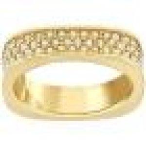 et elle s'associe facilement à tous les looks. Elle est ornée d'un pavé de cristal doré tout autour de l'anneau. Swarovski FR - The Magic of Crystal