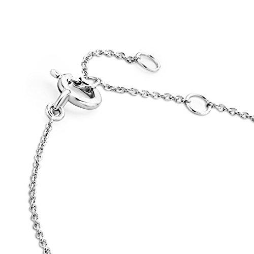 Miore - Bracelet - Or blanc 9 cts - Diamant 0.11 cts - 18 cm - MY022B 2 Bijoutier Boutique L'or blanc des bijoux Miore offre une touche d'élégance et met en valeur les pierres incrustées : Miore - Bracelet - Or blanc 9 cts - Diamant 0.11 cts - 18 cm - MY022B La femme qui porte un diamant est l'association parfaite entre les deux plus beaux joyaux du monde. Chaque bijou Miore est livré avec son certificat d'authenticité