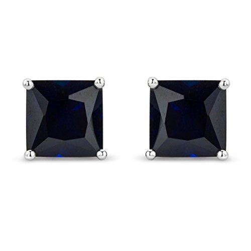 Boucles d'oreilles 378/1000 Saphir Bleu 2 Bijoutier Boutique L'or blanc des bijoux Miore offre une touche d'élégance et met en valeur les pierres incrustées Si vous êtes né(e) en septembre, vous pouvez choisir parmi les différentes couleurs du saphir pour exprimer votre personnalité rayonnante Chaque bijou Miore est livré avec son certificat d'authenticité