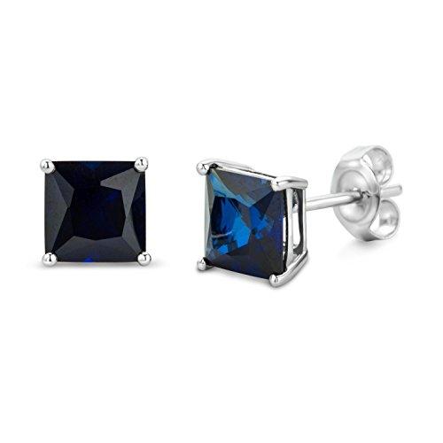 Boucles d'oreilles 378/1000 Saphir Bleu 1 Bijoutier Boutique L'or blanc des bijoux Miore offre une touche d'élégance et met en valeur les pierres incrustées Si vous êtes né(e) en septembre, vous pouvez choisir parmi les différentes couleurs du saphir pour exprimer votre personnalité rayonnante Chaque bijou Miore est livré avec son certificat d'authenticité