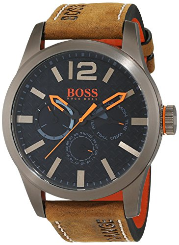 BOSS Orange - 1513240 - Montre Homme - Quartz - Analogique - Bracelet cuir Marron 2 Bijoutier Boutique Mouvement à sous-cadrans multiples (jour, date et affichage de l'heure au format 24heures). Boîtier en acier inoxydable à placage ionique kaki. Bracelet en cuir nubuck.